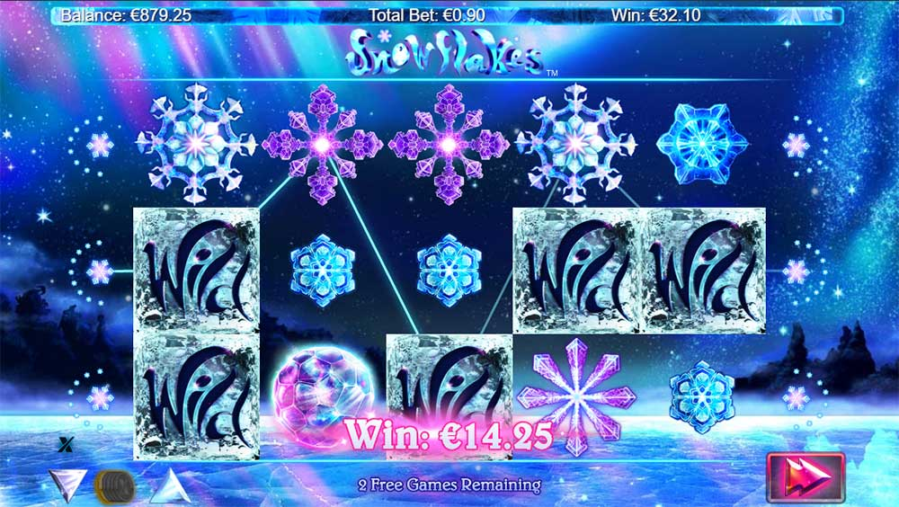 Snowflakes Slot - Sticky Wilds
