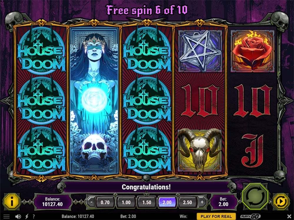 House of Doom Slot - Expanding Wilds