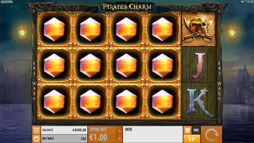Pirate's Charm Slot - Charm Feature