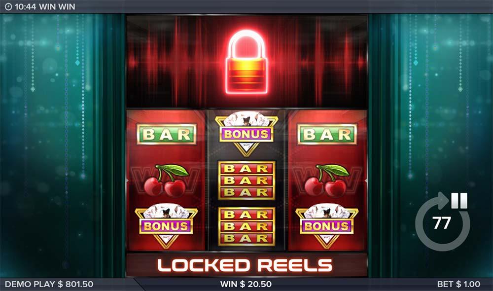 Win Win Slot - Locked Reels Trigger