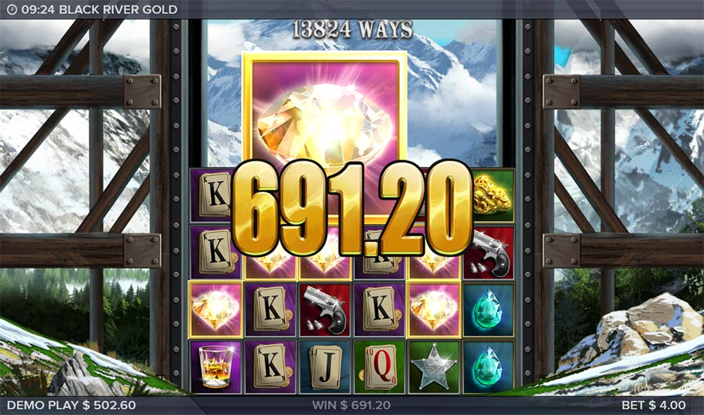 Black River Gold Slot - Gigantic Symbols