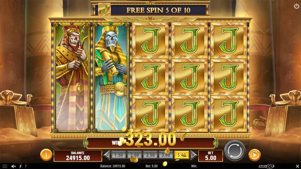 Doom of Dead Slot - Full Screen Expanding Symbols