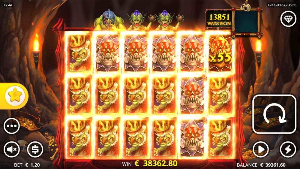 Evil Goblins Slot - Huge Base Game Win